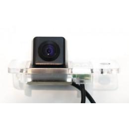 Штатная камера заднего вида Dinaudio AU-01 для Audi A6 (-04), A4 (-07), Q7, S5, Allroad (-04)
