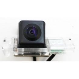 Штатная камера заднего вида Dinaudio FD-02 для Ford Mondeo 07+, Fiesta, S-Max, Focus 2 (Hatch), Carnival, Kuga